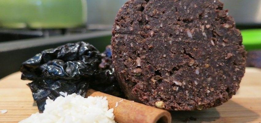 Nut-free, Raw Chocolate Acai Energy Bar Recipe
