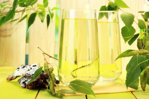 Super Water: 10 Impressive Health Benefits of Maple Water