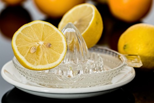 Lemon Juice: The Best of Migraine Home Remedies