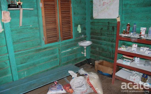 Clinic in Matsés village. The Matsés use both traditional healing and Western medicine, but supplying and running remote clinics is difficult. Photo courtesy of Acaté.