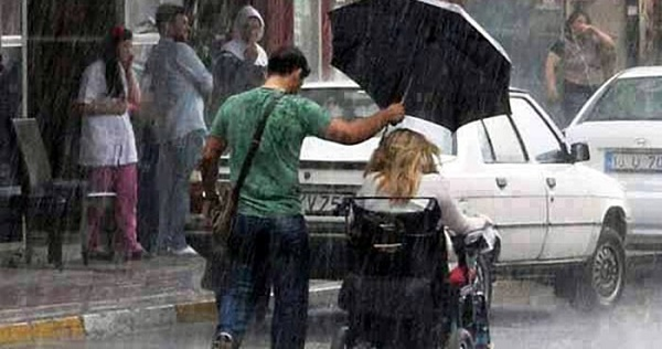 When someone is kind to you, you are more likely to be kind to others.