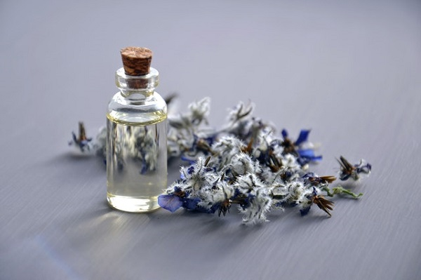 Homemade Oatmeal Lavender Face Scrub for Sensitive Skin