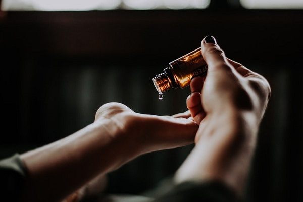 Essential oils help to calm the senses and can improve symptoms of RLS.